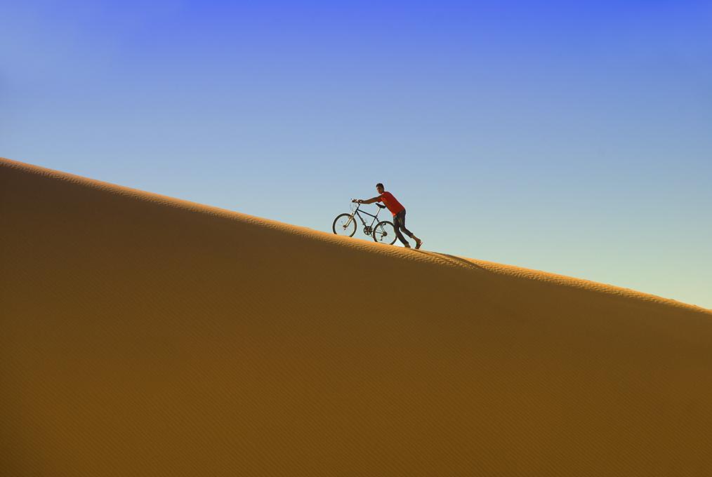 In bici, sulla duna. di BASTET-Clara
