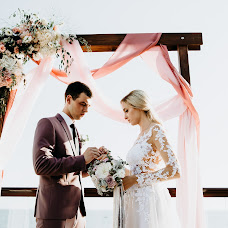Wedding photographer Alena Litvinova (LITVINOVASOCHI). Photo of 20.04.2018