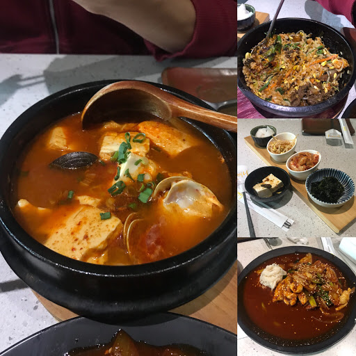 豆腐湯很有誠意,蛤蜊超大不錯喝。 石鍋拌飯的石鍋沒有很燙所以沒什麼鍋巴,口味偏甜膩。 辣炒小捲 也是偏甜膩。 茶水小菜無限續。 還行。