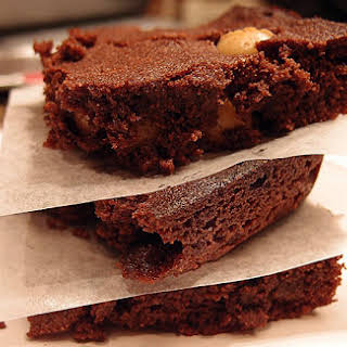 Low Carb Macadamia Nut Brownies.
