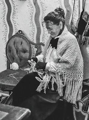 Nonna fà la maglia ... di Ocram