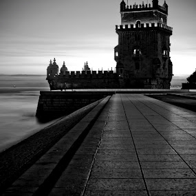 Lx afterdark by Carlos Cardoso - Buildings & Architecture Statues & Monuments ( belem, afterdark, lisbon, portugal, lx )