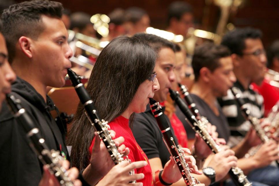 Nuevamente la SJC de Caracas compartió atril con jóvenes estudiantes de música de otras partes del mundo. Esta vez tocó el turno a la Orquesta Geraçao de Lisboa, cuyos integrantes siguen creciendo, gracias al programa de formación que inició hace 8 años en Portugal.