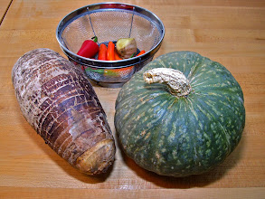 Photo: taro, kabocha and sauce ingredients for making fritters