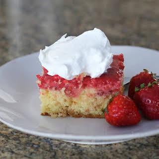 Easy Strawberry Shortcut Cake.