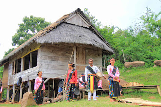 Photo: A welcome dance was about to commence in a village where traditional bravery dance lives. Compang To'e villagers performed a dance to welcome and entertain as they are worthy of remark. http://www.indonesia.travel