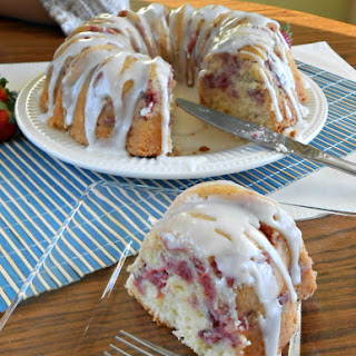 Strawberry Yogurt Bundt Cake Recipe