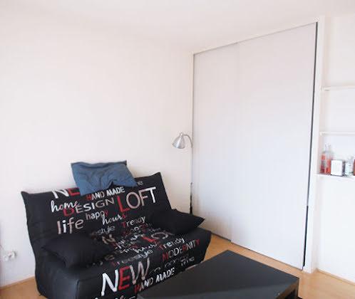 Location studio meublé 20,4 m2