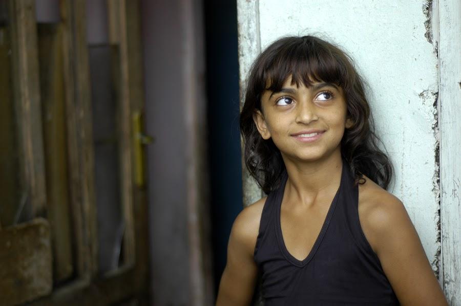 Looking  by Andrea Matone - Babies & Children Children Candids ( child, girl, teen, female, woman, pre, children, young, portrait )