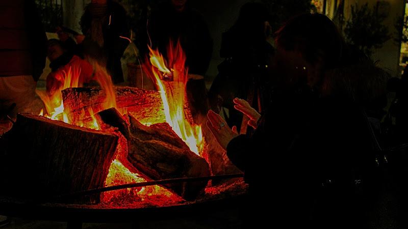 Scaldarsi al fuoco! di marvig51