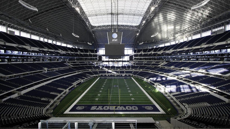 Watch Dallas Cowboys: Moving Forward live