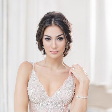 Fotógrafo de bodas Galina Nabatnikova (Nabat). Foto del 04.12.2017