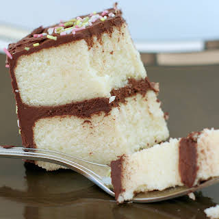 White cake (or Butter cookie cake).