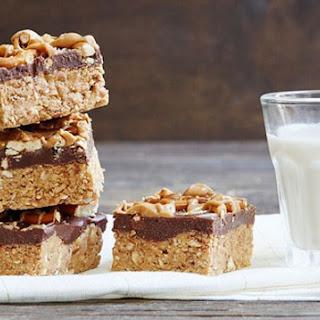 No-Bake Peanut Butter Chocolate Pretzel Bars