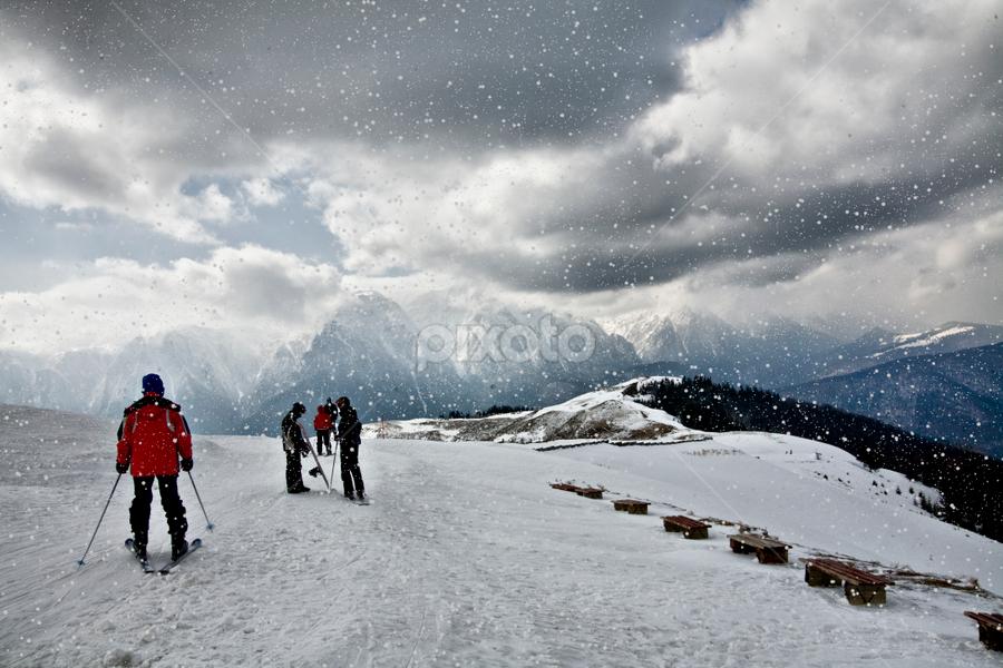 Foul weather in mountains by Daliana Pacuraru - Sports & Fitness Snow Sports ( pwcfoulweather-dq, mountain, snow, foul weather, romania,  )