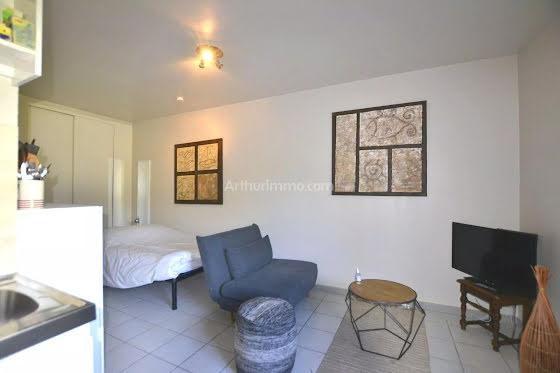 Location studio meublé 24,17 m2