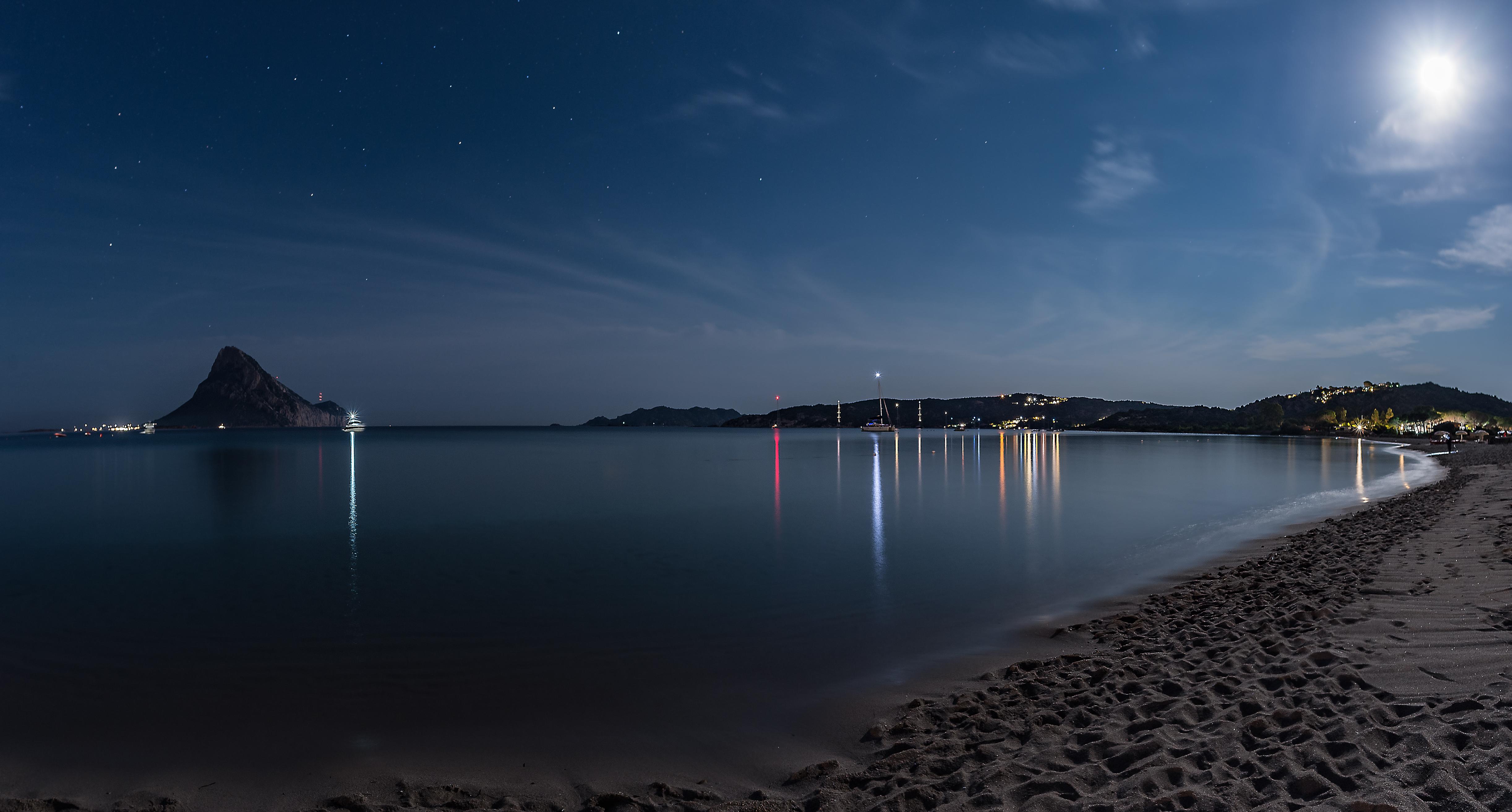 Sardinia Night  di Alessandro Alessandri