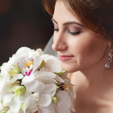 Wedding photographer Valentina Vaganova (VaganovaV). Photo of 23.04.2014