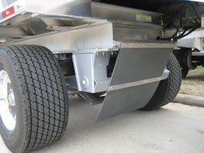 Photo: Windrow deflector, and optional wide based tires