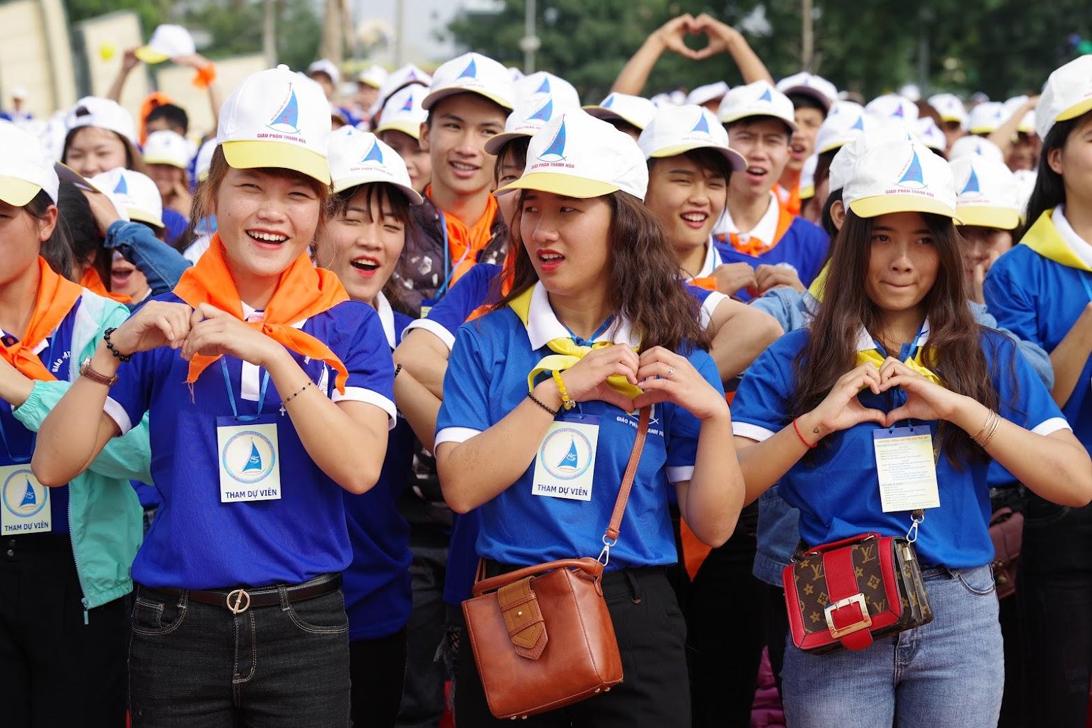 Những hình ảnh đẹp về lễ khai mạc Đại Hội Giới Trẻ giáo tỉnh Hà Nội lần thứ XV tại Thanh Hóa - Ảnh minh hoạ 7