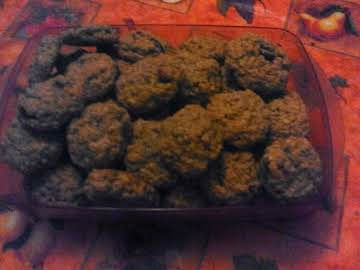 Oatmeal Raisin Cookies (Adapted from Quaker Oats)