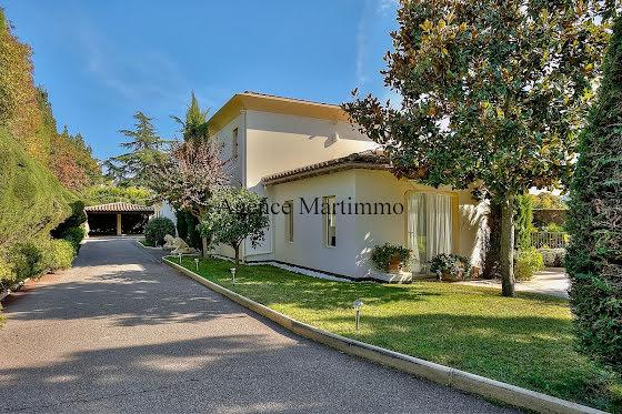 Vente villa 6 pièces 196 m2