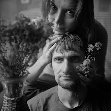 Wedding photographer Aleksandr Veledimovich (AvaVeled). Photo of 29.11.2012