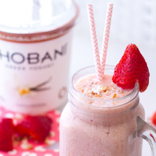 Tropical Pineapple Strawberry Smoothie.