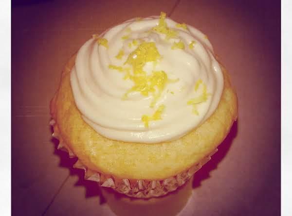 Creamy Lemon Cupcake Frosting Recipe