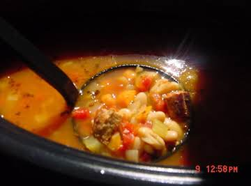 OLD-FASHIONED THICK WHITE BEAN SOUP -- BONNIE'S