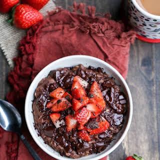 Chocolate Strawberry Oatmeal (GF + Vegan).