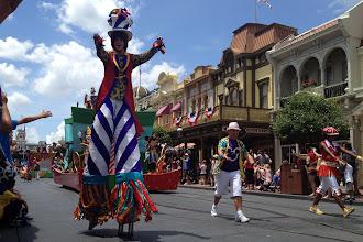 Photo: Disney World parade http://ow.ly/caYpY
