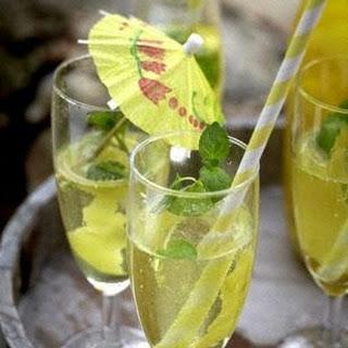 Limoncello-Spritz.
