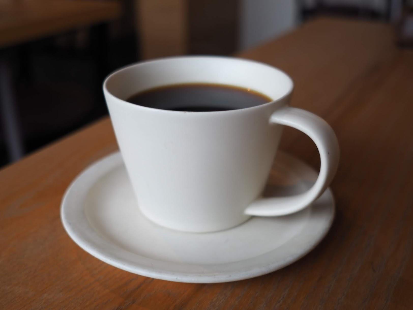 SAKUZANマグで提供されるコーヒー
