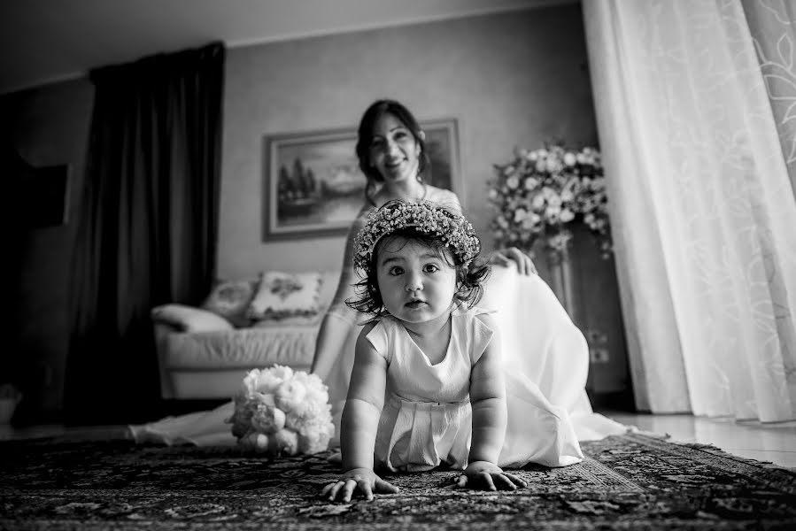 Wedding photographer Michele De Nigris (MicheleDeNigris). Photo of 27.04.2019