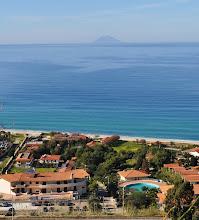 Photo: Zambrone (vv) - Spiaggia,mare e Stromboli.