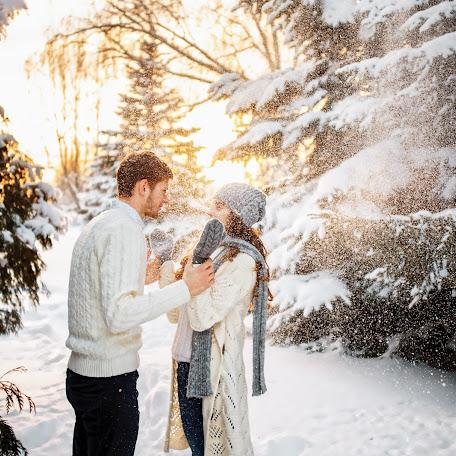 Wedding photographer Artem Davidenko (artemdavidenko). Photo of 11.12.2016