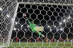 """Nationale doelman komt met opvallende uitspraak: """"Iedereen haat je wanneer je voor Engeland speelt"""""""