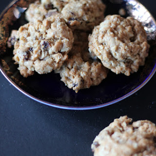 Oatmeal Cookies with Golden Raisins and Toasted Walnuts