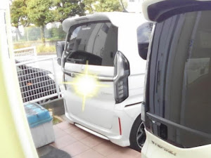 ステップワゴン RP3 Modulo Xのカスタム事例画像 ハル-Initial☆D family-さんの2020年04月13日21:11の投稿