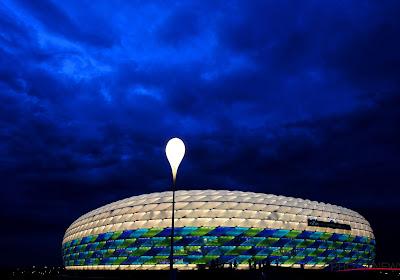 L'UEFA arbore l'arc-en-ciel et réagit à la polémique