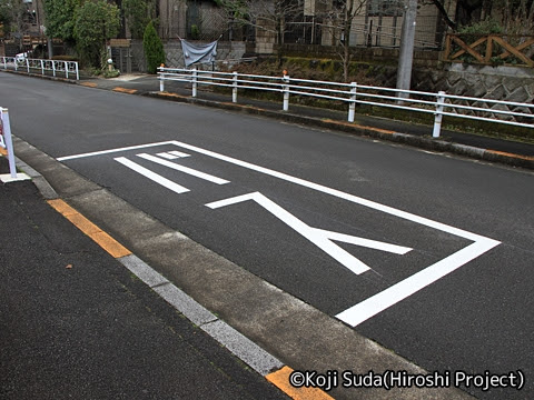 京王バス南「nearくる」 T091_03 ゆりのき台住宅地内バス停_02