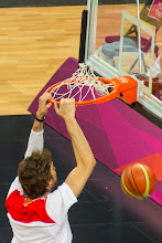 Photo: Pau Gasol Dunk