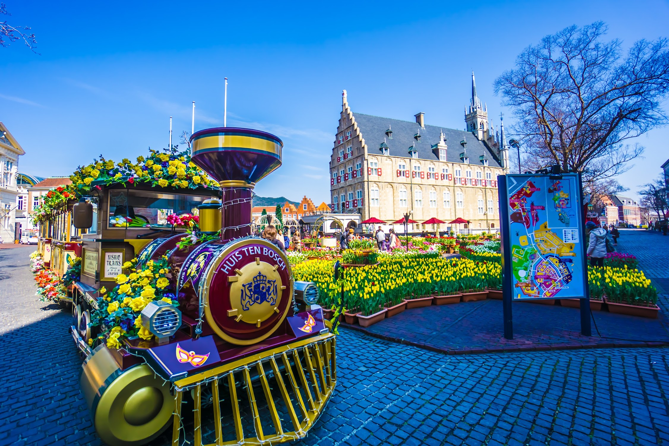 Huis Ten Bosch Locomotive1