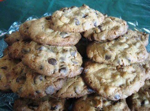 Chocolate Chip Vanilla Pudding Cookies