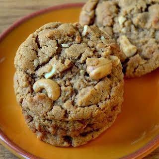 The Best Cashew Cookies.