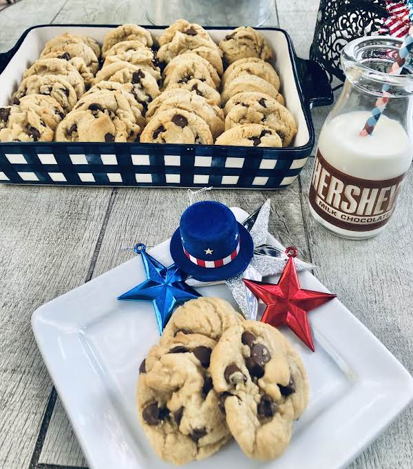 New England Toll House Chocolate Chip Cooky