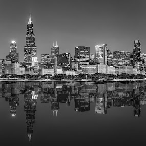 Chicago Downtown at night, BW by Dmitriy Andreyev - Black & White Buildings & Architecture