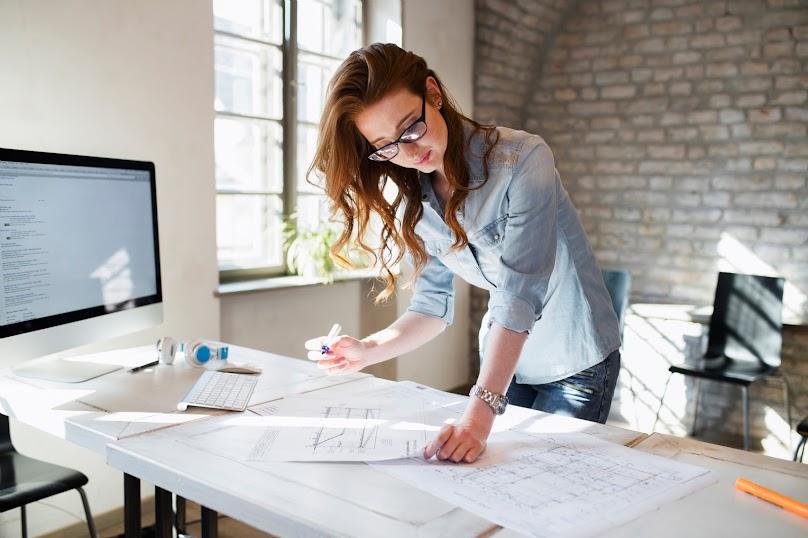 Architekci mogą przygotować rysunki techniczne oraz wytyczne dla wykonawców.
