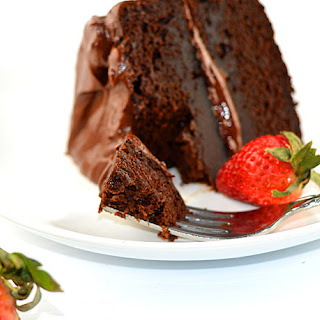 Chocolate Cake with Chocolate Buttercream Frosting {Vegan}